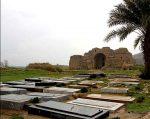 کاخ جهانی اردشیر در محاصره مزارها