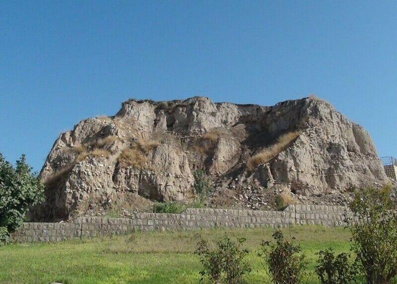 تپه قلا گیلان غرب