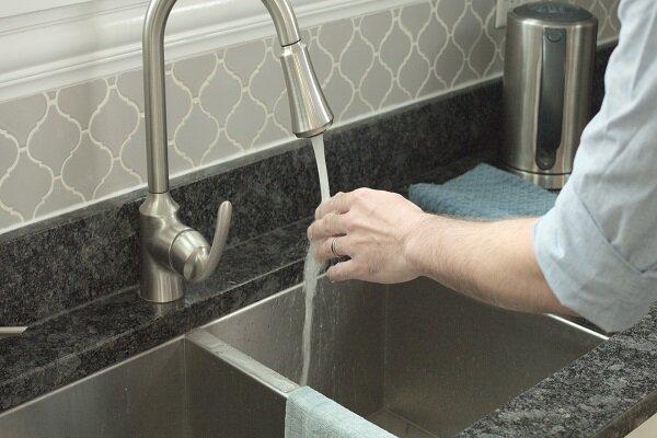 درمان سوختگی در خانه با استفاده از آب سرد