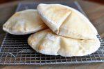 نان پیتا یا نان بادکنکی خانگی