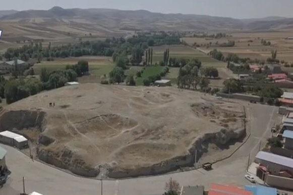 تپه باستانی کوراییم
