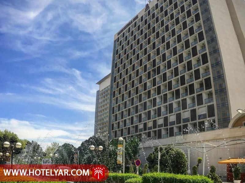 ساختمان دوقلو هتل استقلال تهران