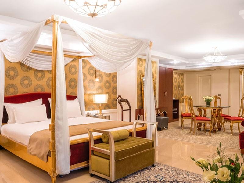 هتل یار