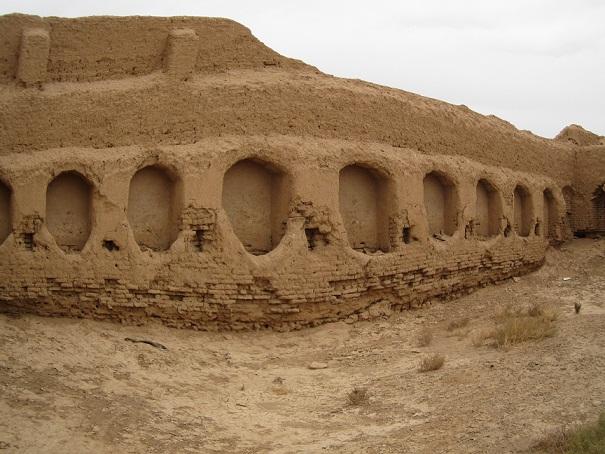 قلعه درمیان شاپورآباد