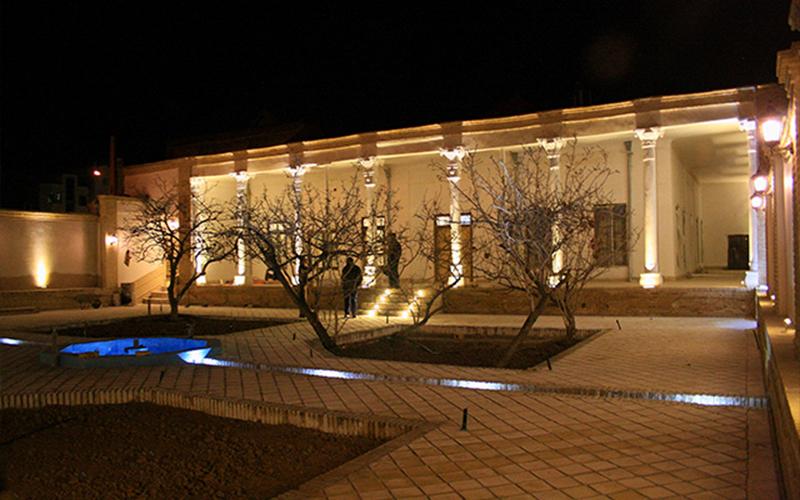 موزه عمارت باغ امیر سمنان