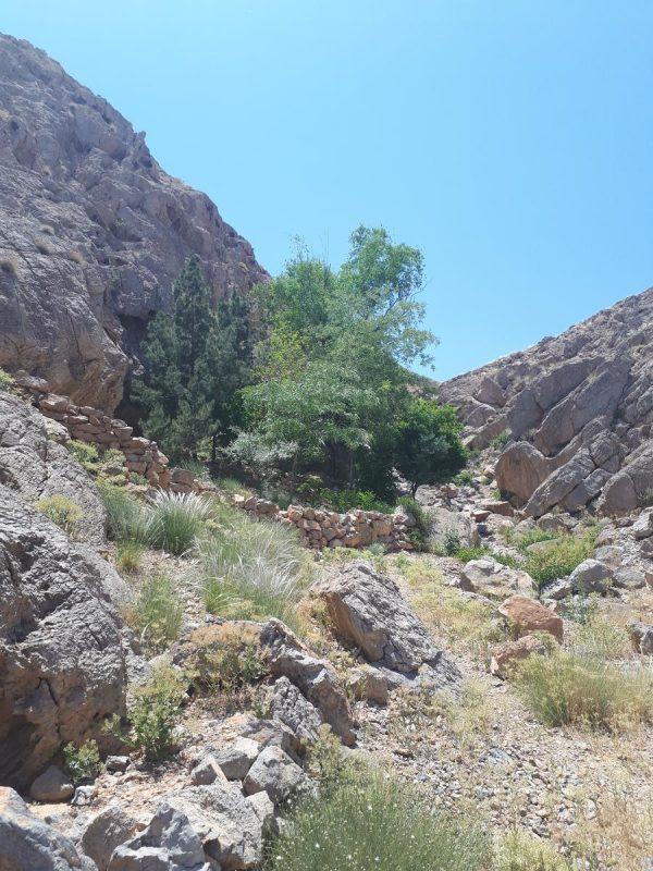 چشمه لادوزخ خمینی شهر