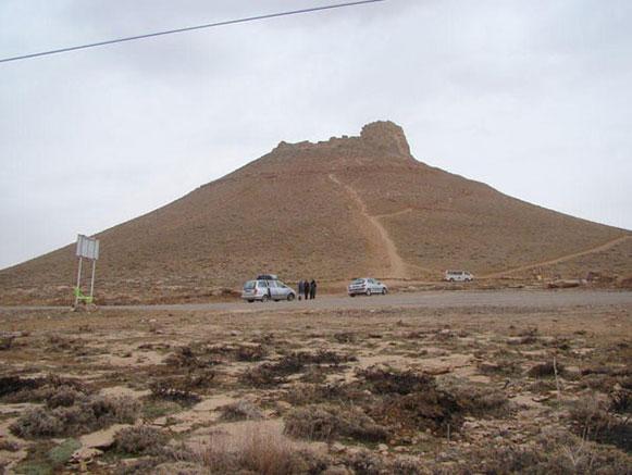 تپه خیر آباد